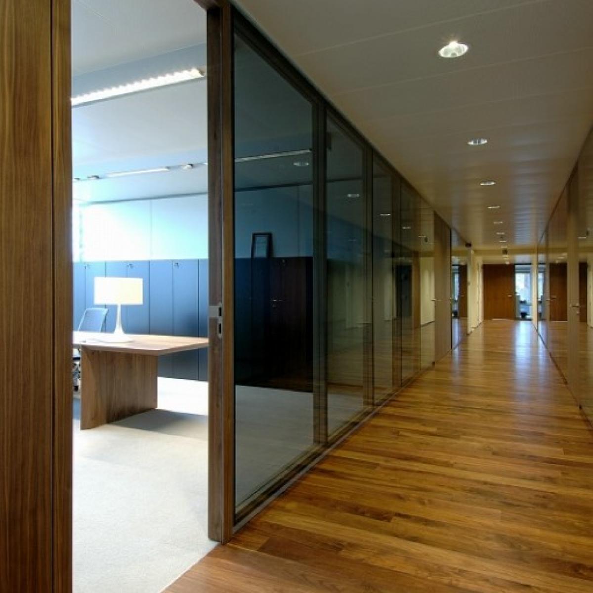 Une offre complète d'aménagement & de cloisonnement de bureau