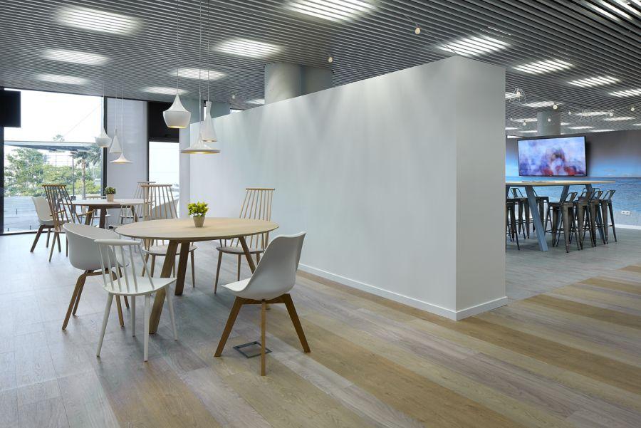 Class orga geneve suisse repas salle pose entreprise for Meuble bureau geneve